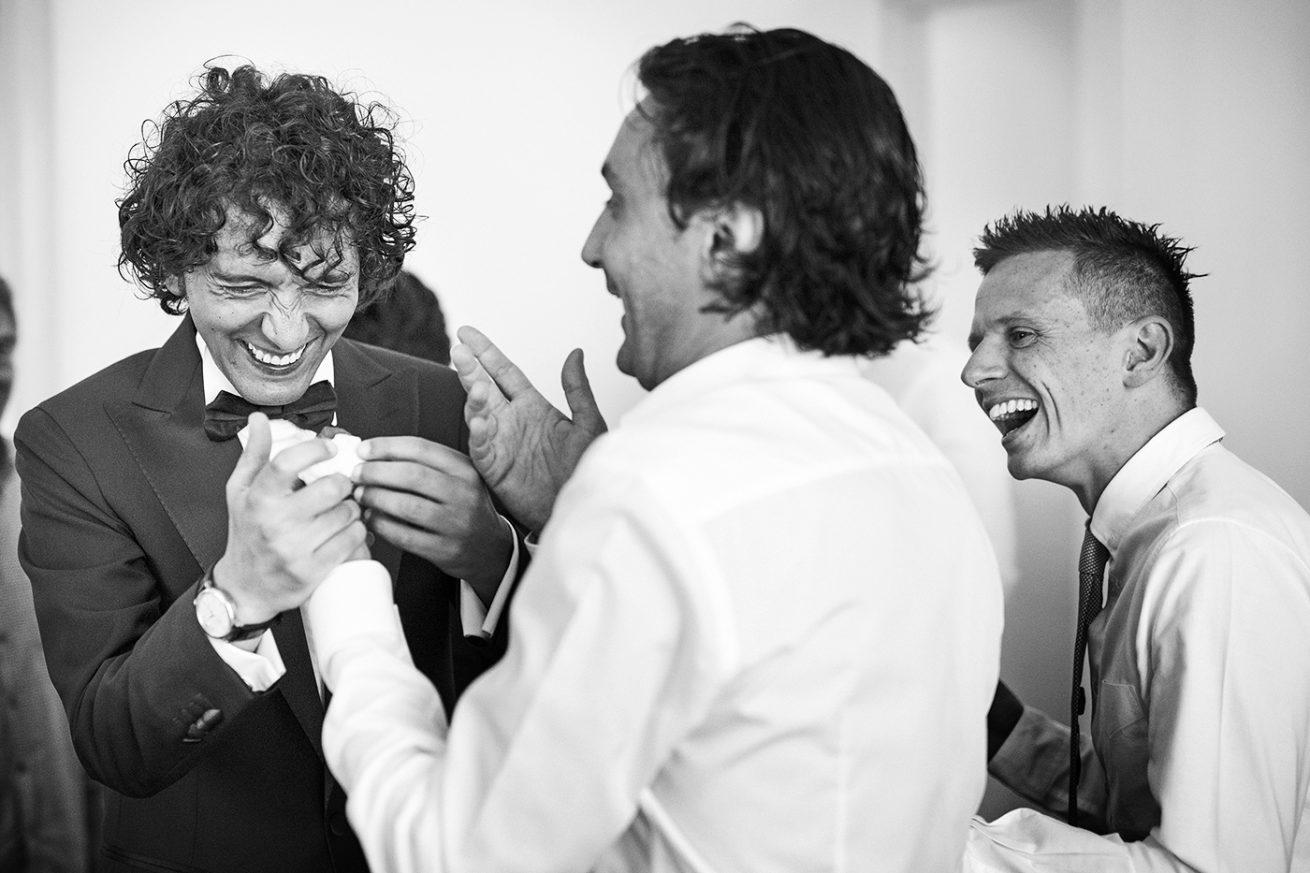 Immagine Sposo Amici Matrimonio Sicilia
