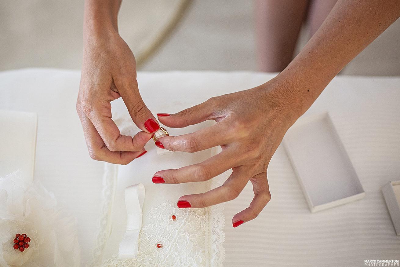 Foto Preparazione Cuscinetto Fedi Matrimonio Sicilia